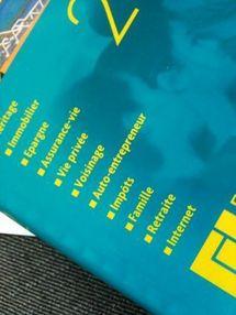 """""""Vos droits votre argent 2012"""" (éditions F. LEFEBVRE) : un ouvrage grand public qui en apprend beaucoup ! Un indispensable... même pour les professionnels et les étudiants."""