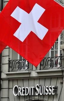 """Une émission d'obligations convertibles en actions se remarque. Ou comment un obligataire peut devenir associé pour renforcer les fonds propre de la société - Crédit Suisse émet des """"CoCos"""""""