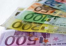 La détention de parts de fonds communs de placement (FCP) n'équivaut pas celle d'actions de société au titre de l'ISF (Cass. com. 18 jan. 2011). FCPE Noraction et SA Norauto.