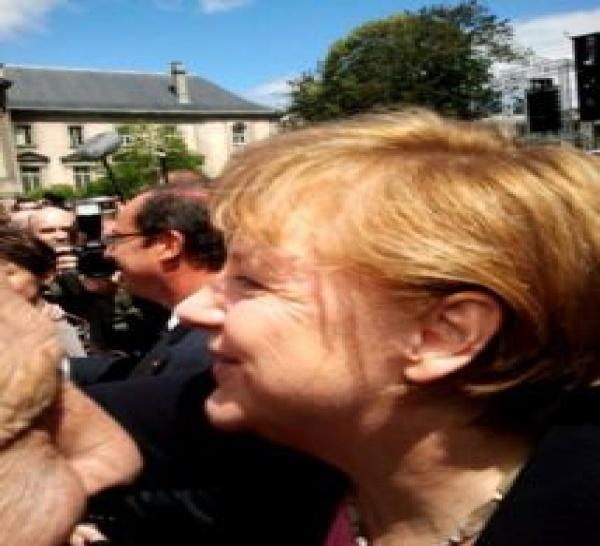 Fête de la Paix à Reims, rencontre ALLEMAGNE-FRANCE avec F. Hollande et A. Merkel